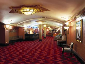 Grand Foyer Bar : Piano bar orpheum cinemas
